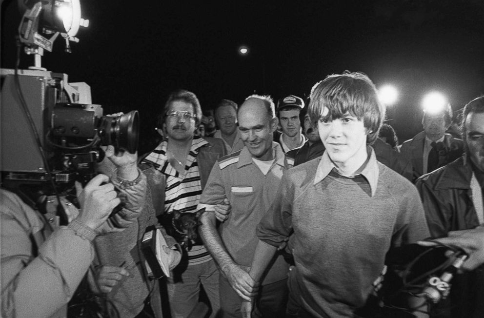 PHOTO: Surrounded by TV cameras, Steven Stayner, right foreground, and and his brother Delbert Stayner are shown walking toward their Merced County, Calif., home, March 2, 1980, as Steven was reunited with his family following a 7-year kidnap ordeal.