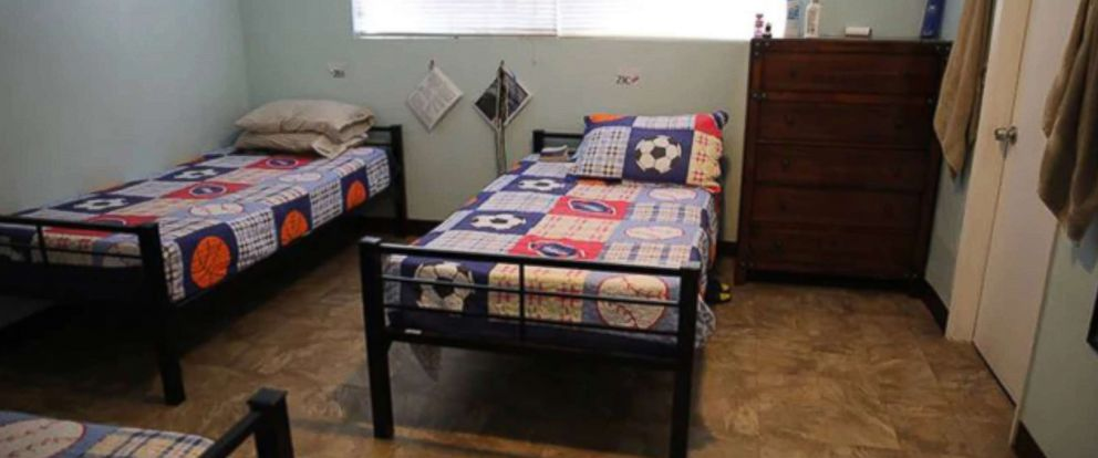 PHOTO: An undated photograph released by the Department of Health and Human Services shows a bedroom inside a facility that houses unaccompanied migrant children crossing the U.S. border from Mexico at Casa San Diego in El Cajon, outside San Diego, Calif.