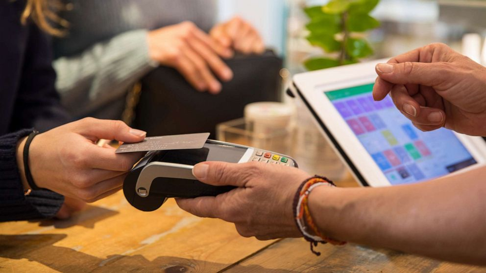 Cashless stores and restaurants banned in New York City