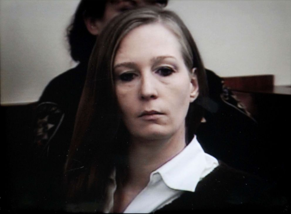 PHOTO: Stacey Castor listens to opening statements in court in Syracuse, N.Y., Jan. 13, 2009, in this photo from pool video, as opening statements begin in her murder trial.