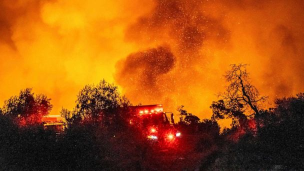 Cave Fire erupts in Santa Barbara County, scorching 4,300 acres