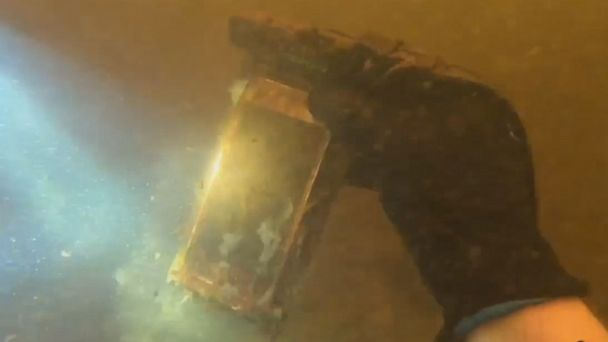 Woman's iPhone miraculously works after spending 15 months at bottom of river