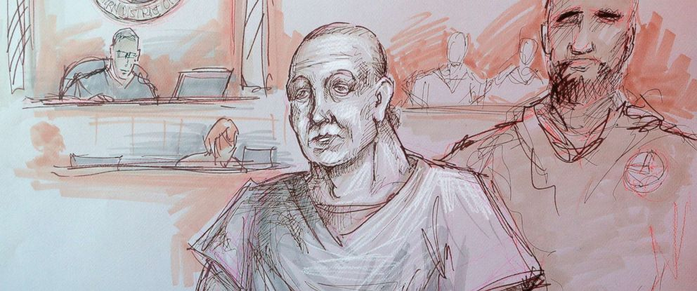 PHOTO: In this courtroom sketch, Cesar Sayoc, left, appears in federal court, Monday, Oct. 29, 2018, in Miami.