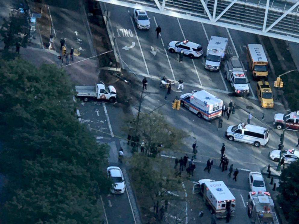 PHOTO: Authorities respond to incident in lower Manhattan in New York City, Oct. 31, 2017.