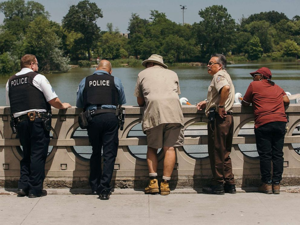 PHOTO: The Chicago Police Department, Animal Control, and other state workers set out on a search in order to confirm the animal in the lagoon, and warn the public, in Chicago, on July 9, 2019.
