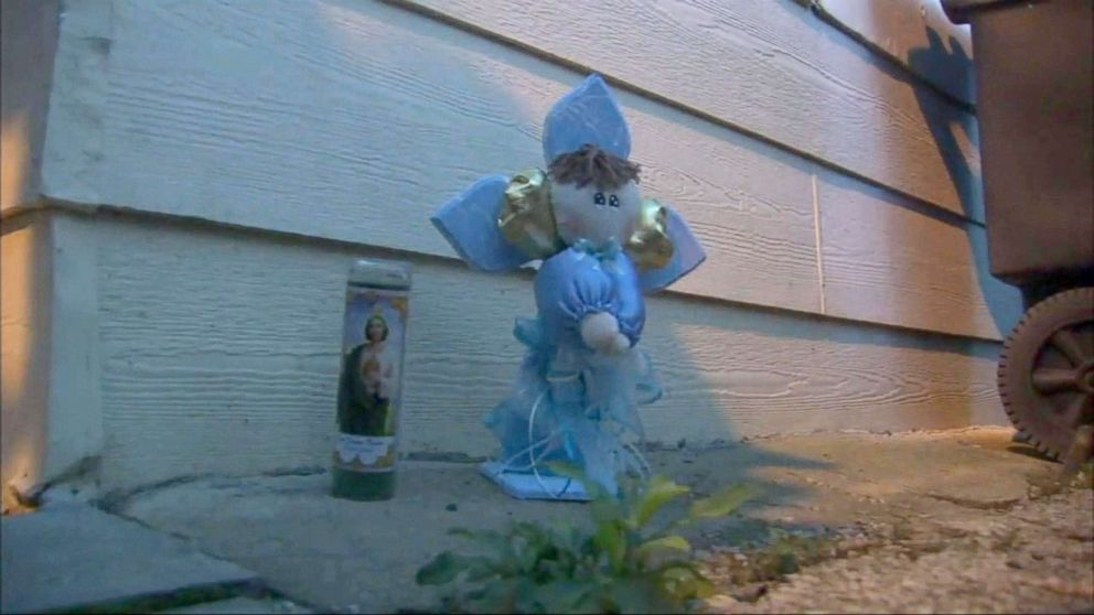 PHOTO: A memorial to a 2-year-old boy who was shot dead in Chicago, Oct. 6, 2018.