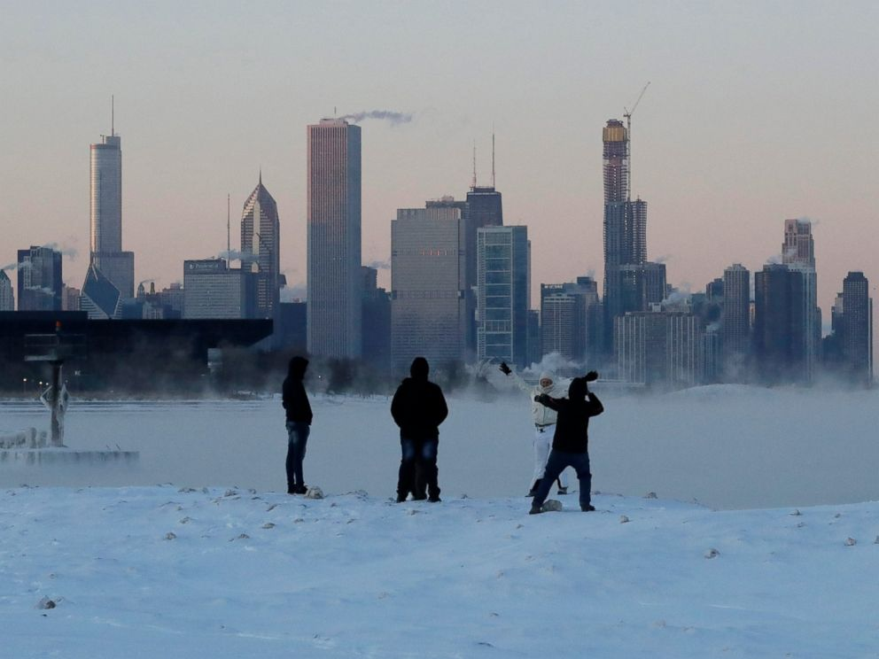 PHOTO: People enjoy at the Lake Michigan at 31st Street Harbor, Wednesday, Jan. 30, 2019, in Chicago.