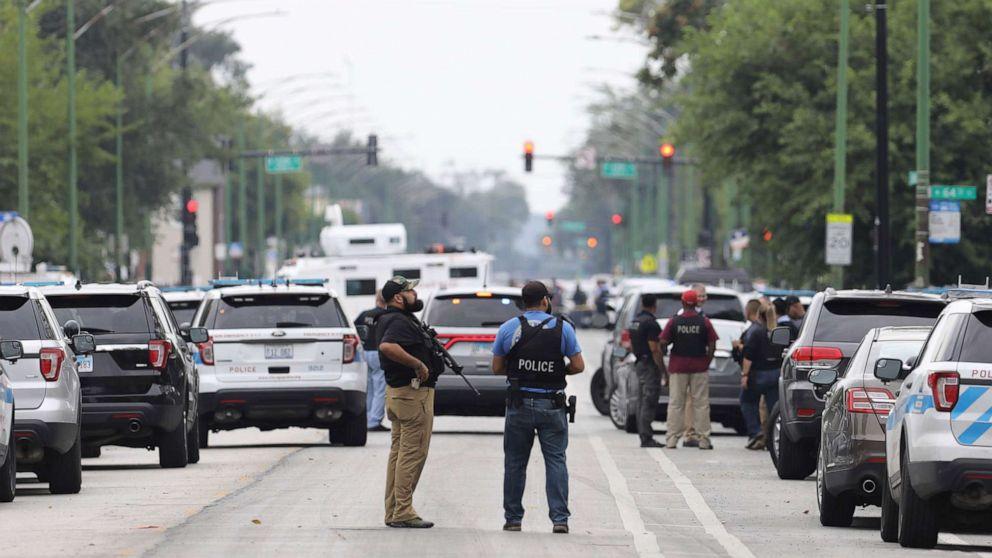 Person von Interesse wahrgenommen, im fotografieren von Polizisten