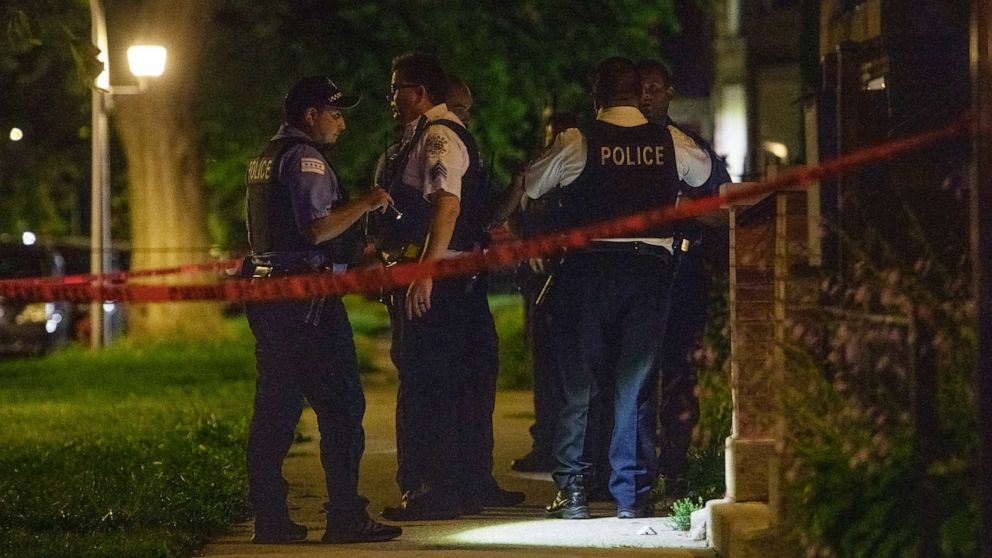 Six People Killed, 37 Wounded in Across Chicago in Violent Weekend