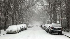 'Wind chill temperatures will fall below freezing to start the Thanksgiving week.' from the web at 'https://s.abcnews.com/images/US/chicago-snow-epa-jt-171224_16x9t_240.jpg'