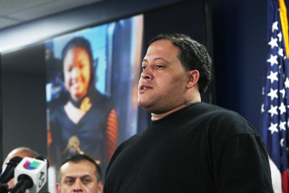 PHOTO: Christopher Cevilla, father of 7-year-old Jazmine Barnes, speaks during a news conference, Dec. 31, 2018, in Houston.