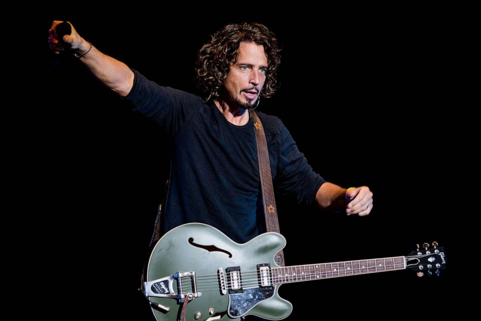 PHOTO: Chris Cornell of Soundgarden performs on stage during the 2014 Lollapalooza Brazil at Autodromo de Interlagos on April 6, 2014, in Sao Paulo, Brazil.