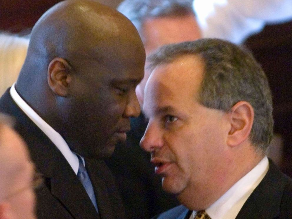 PHOTO: Christopher McCowen, left, talks with his lawyer Robert George after a sidebar during his murder trial, Nov. 13, 2006, in Barnstable, Mass.