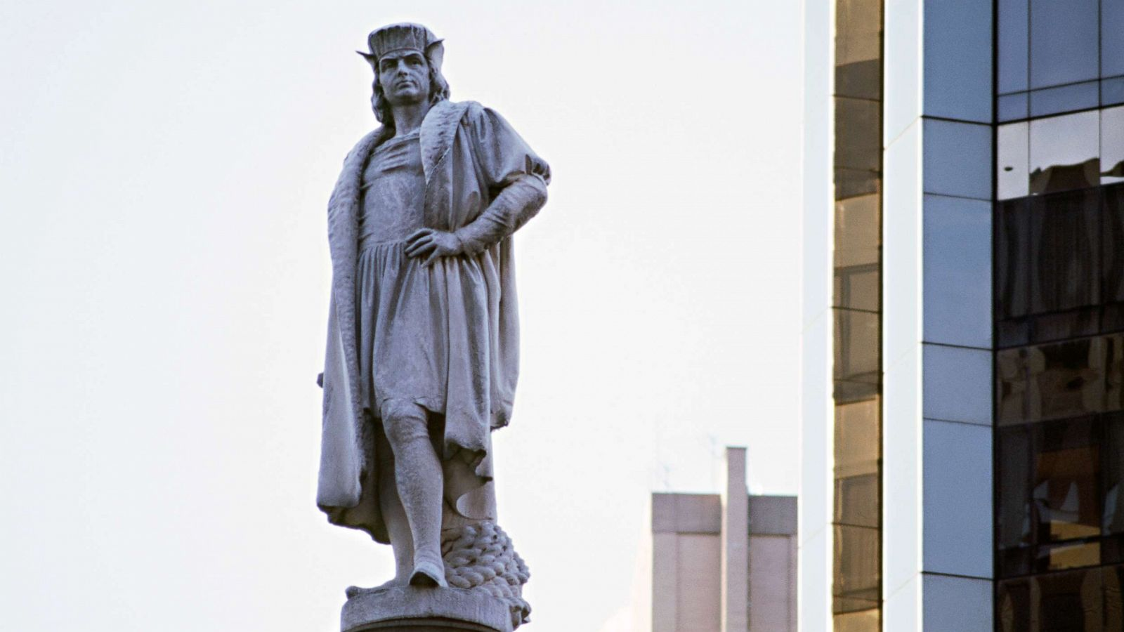 Christopher Columbus statue debate rises as controversial statues ...
