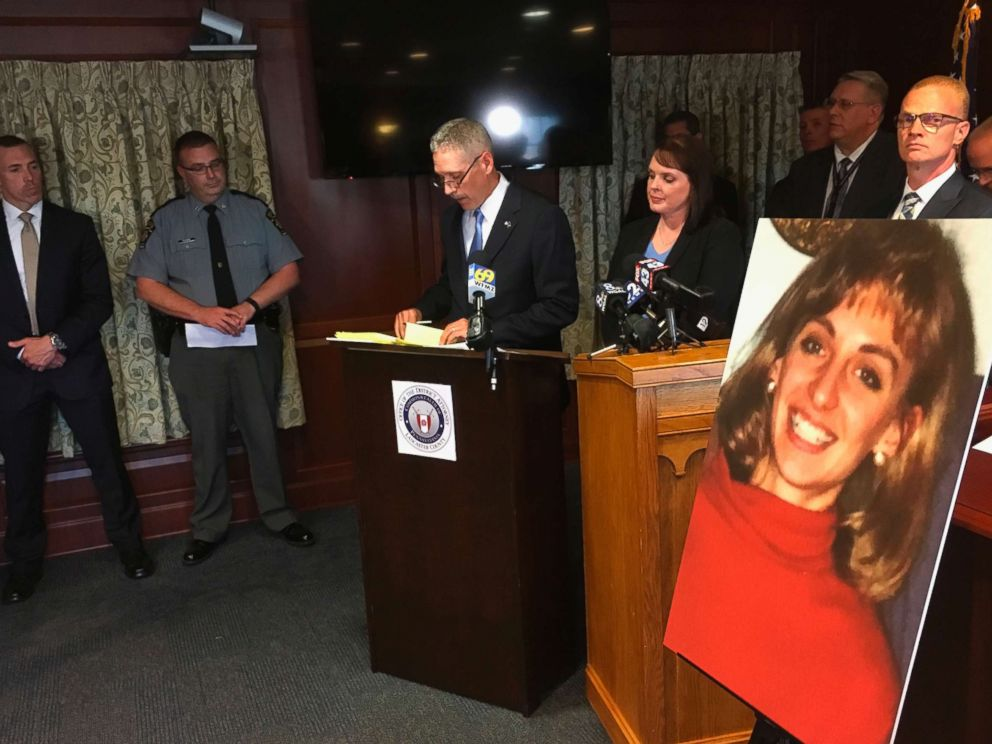 PHOTO: Lancaster County District Attorney Craig Stedman announces charges in a 1992 cold case killing during a news conference at the Lancaster County Courthouse in Lancaster, Pa., June 25, 2018.