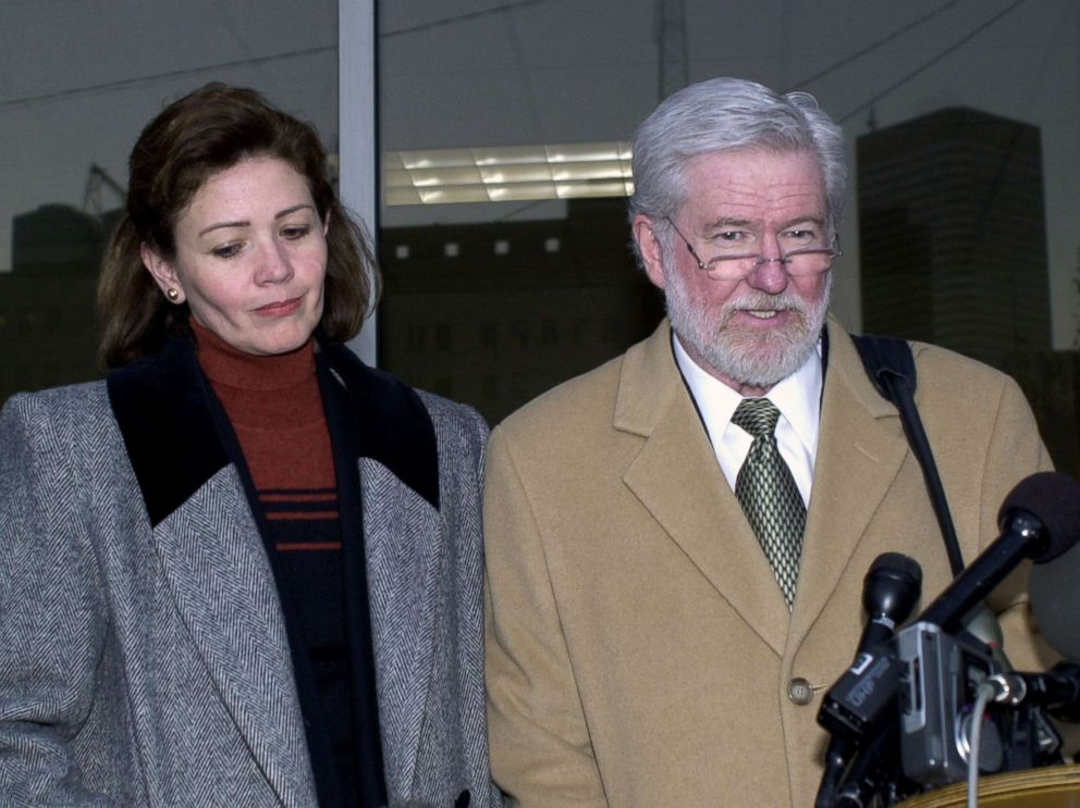 George Parnham (R), defense attorney for Clara Harris (L), speaks to the media after the first day of testimony, Jan. 30, 2003 in Houston.