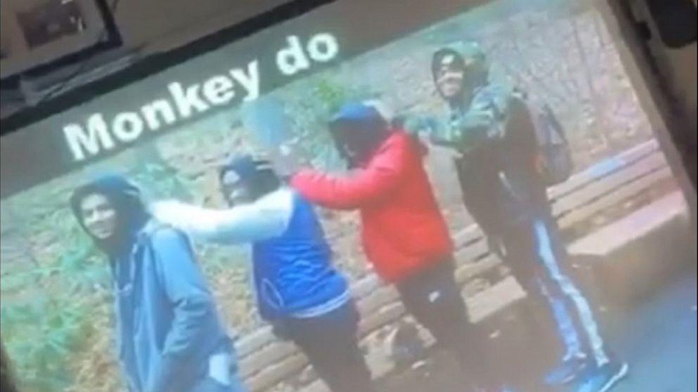 教師用の写真黒の学生のサルを参照