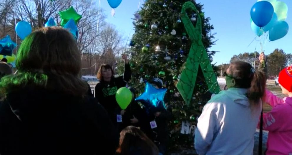 PHOTO: The family of Jayme Closs held a balloon release for her safe return, Dec. 15, 2018, in Barron, Wis.