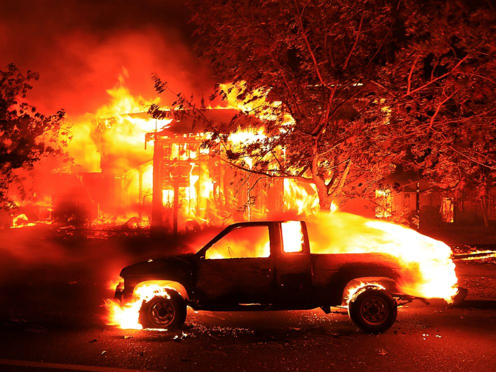 PHOTO: Coffey Park homes burn early Monday Oct. 9, 2017 in Santa Rosa, Calif.