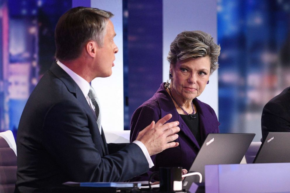 PHOTO: Terry Moran and Cokie Roberts are shown during ABC News coverage of the election, Nov. 6, 2018.
