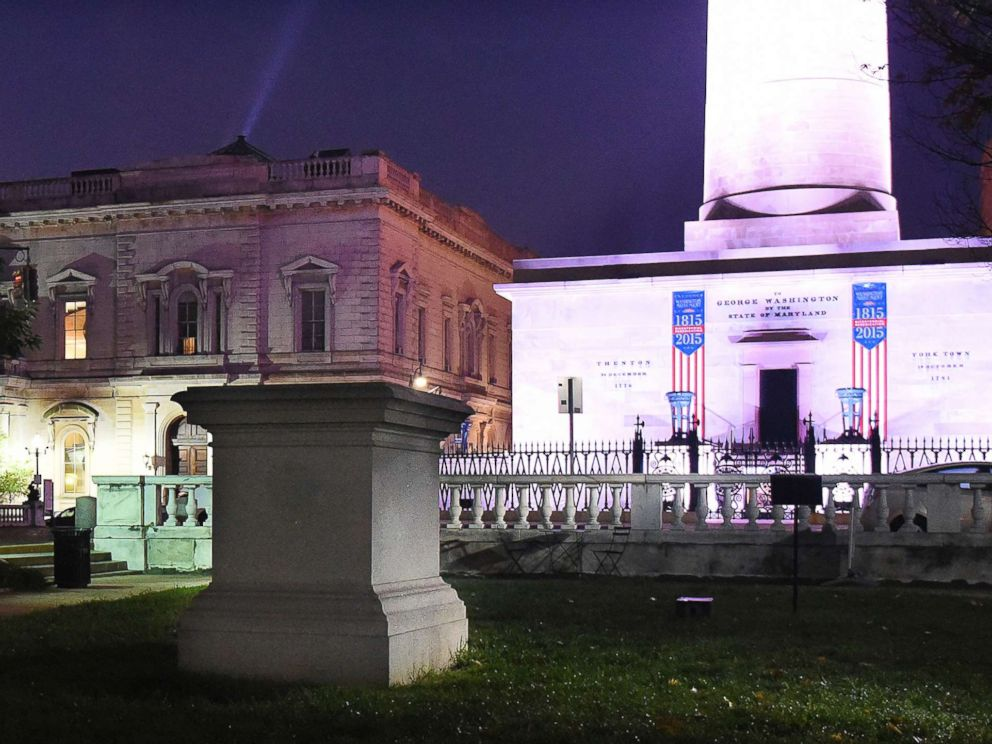 PHOTO: The empty pedestal of the former U.S. Supreme Court Justice Roger B. Taney sits before dawn, Aug. 16, 2017, in the Mount Vernon neighborhood of Baltimore, after workers took several Confederate monuments down overnight in the city.