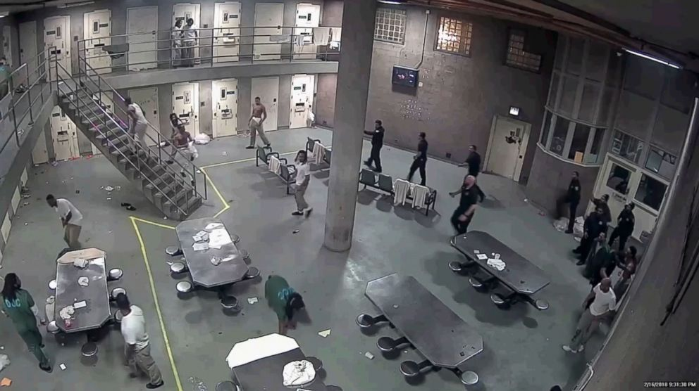 PHOTO: 16 inmates indicted after fight at Cook County Jail.