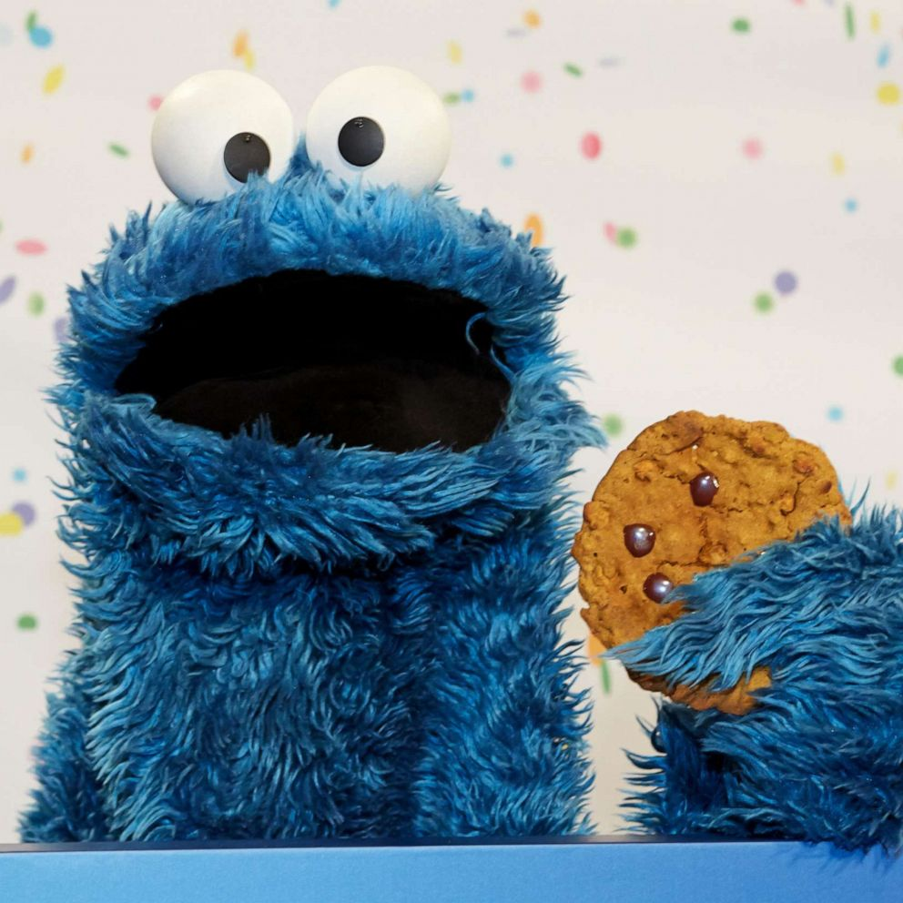 Waze adds Cookie Monster voice navigation to celebrate the ...