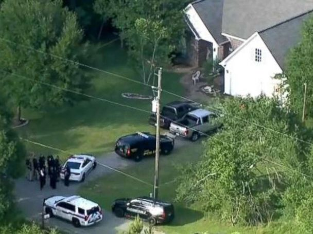 Police officer allegedly shoots, kills fellow cop brother in his home