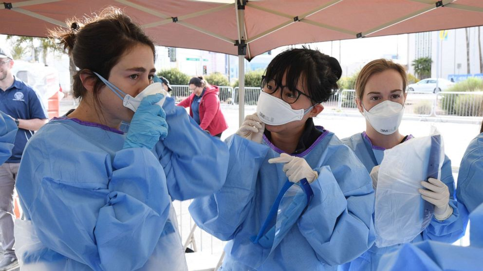 Coronavirus ζωντανή ενημέρωση: Παγκόσμια πανδημία έχει σκοτώσει περισσότερους από 30.000