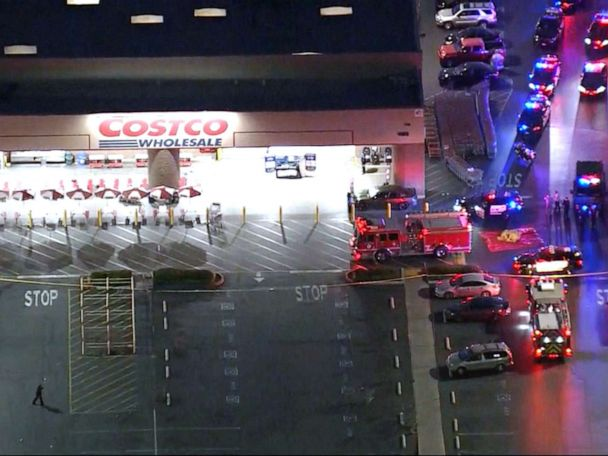 Off-duty police officer fatally shoots man at Costco