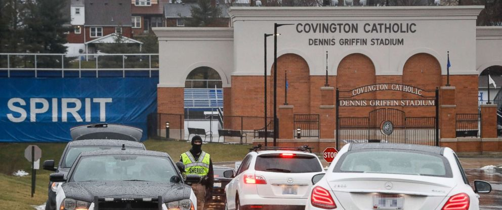 PHOTO: Students arrive at Covington Catholic High School as classes resume following a closing due to security concerns the previous day, Jan. 23, 2019, in Park Hills, Ky.