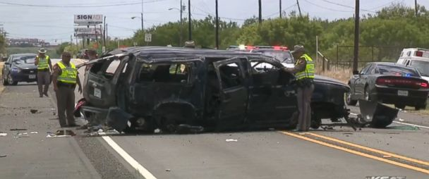 5 undocumented immigrants killed in Texas car crash while being