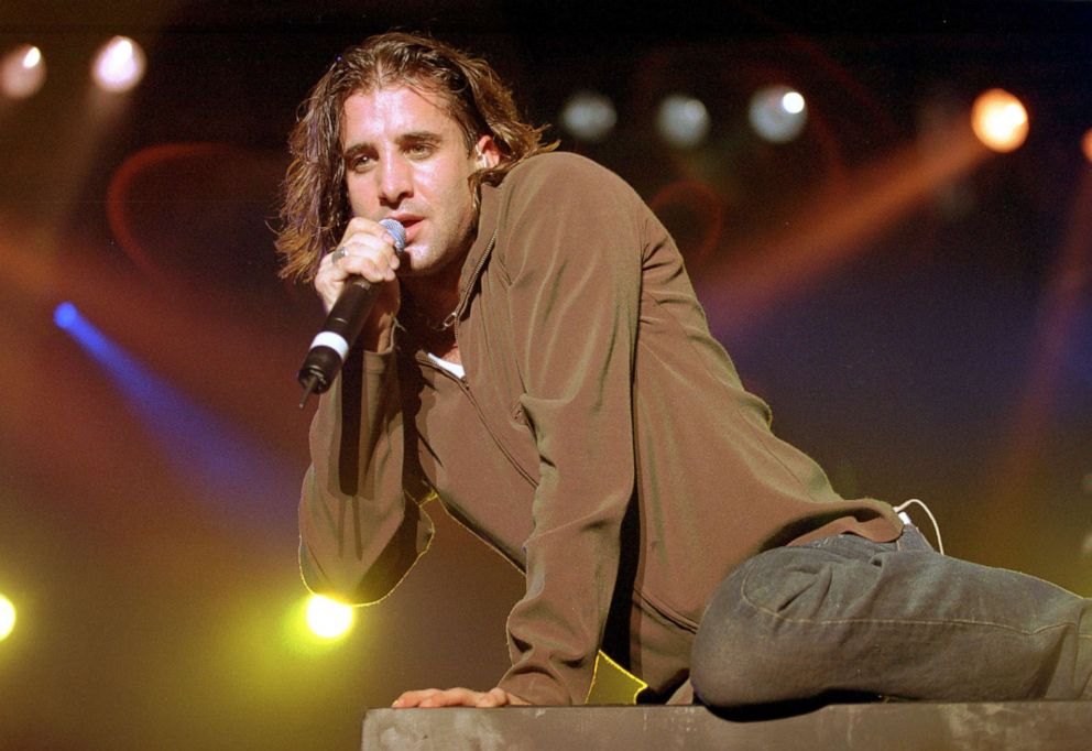 PHOTO: Scott Stapp of Creed performs at the Aragon Ballroom in Chicago, Oct. 14, 1999.