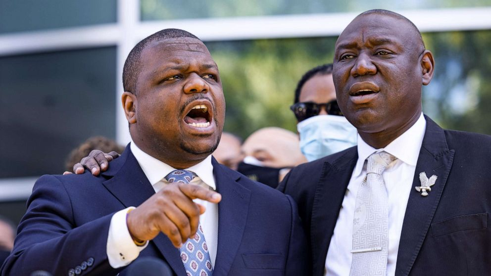 PHOTO: Attorneys Harry Daniels and Benjamin Crump, right, representing the family of Andrew Brown, speak outside the Pasquotank County Sheriff's Office in Elizabeth City, N.C., April 26, 2021.