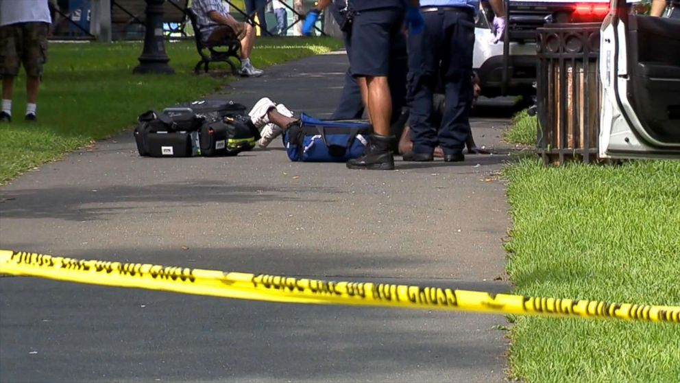 At Least Two Dozen People Overdosed in a Connecticut Park Today