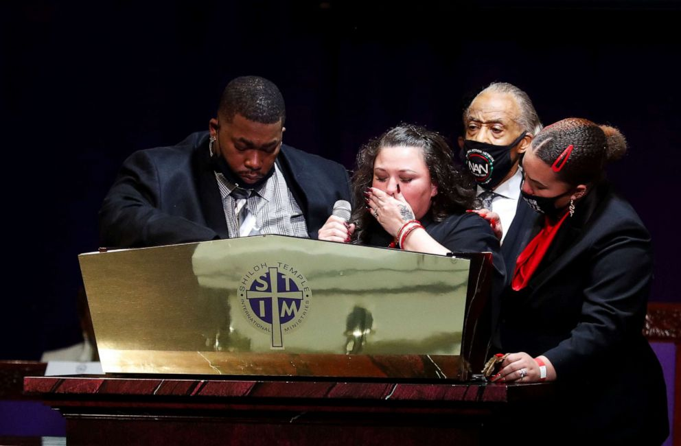 PHOTO: Katie Wright, the mother of Daunte Wright, reacts during his funeral at Shiloh Temple International Ministries in Minneapolis, April 22, 2021.