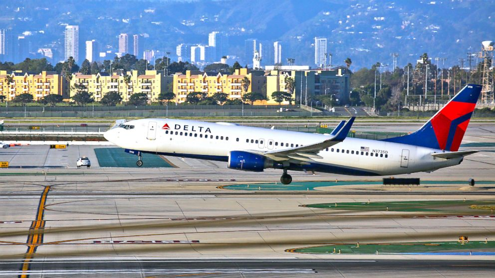 A Delta Airlines Boeing 737 takes off from LAX in Los Angeles, Feb. 6, 2017.