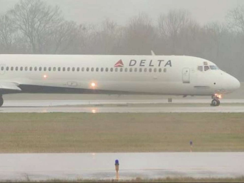PHOTO: Delta Air Lines flight 2050 was forced to make a landing in Chattanooga, Tenn., after being struck by lightning on Tuesday, Feb. 19, 2019.