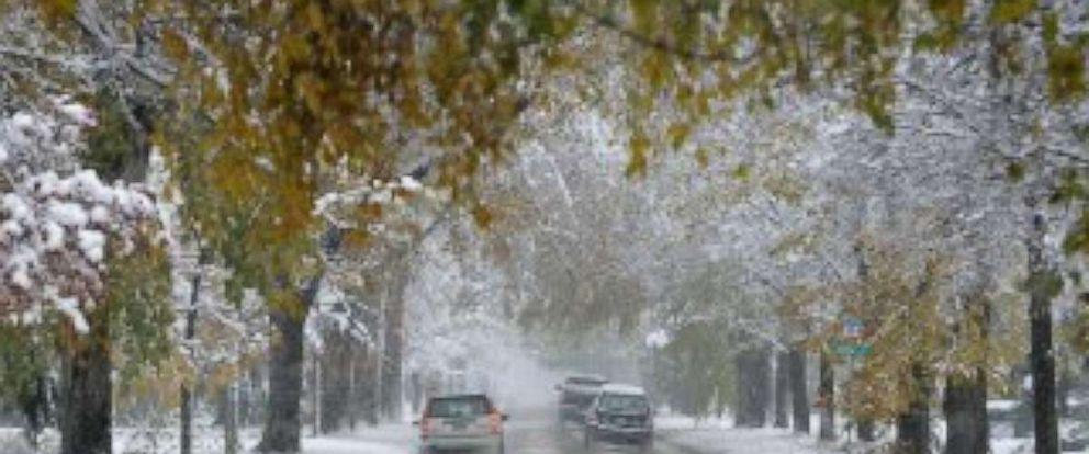 PHOTO: Snow arrives in Denver.
