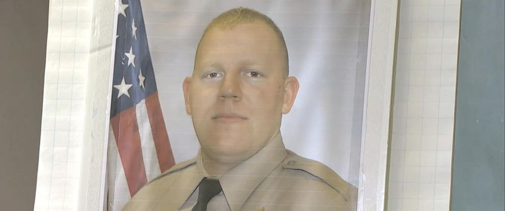 PHOTO: Authorities provide an update of a shooting that killed Cowlitz County Sheriffs Deputy Justin DeRosier in Washington state.