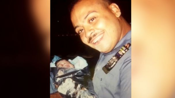 Retired NYPD detective looking for baby he delivered 25 years ago: 'It's always stayed in my mind'