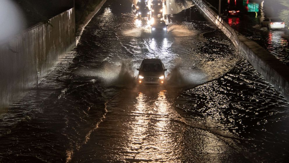 140,000 without power as storms rip through Michigan