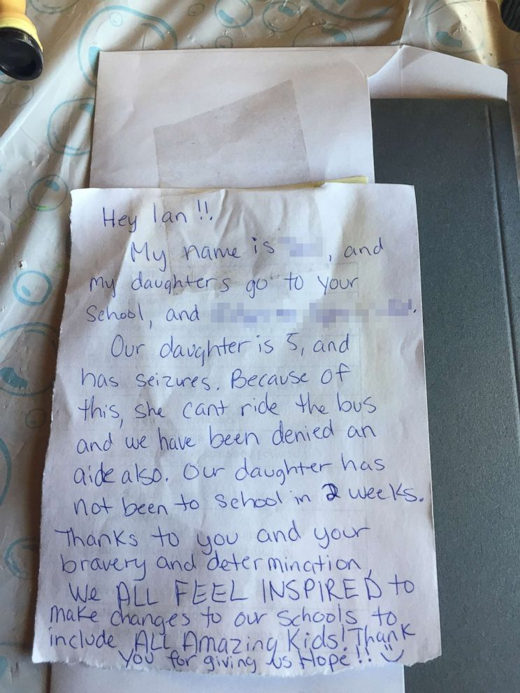 PHOTO: Katrina Christensen received this note from another parent at her sons school whose 5-year-old daughter suffers from seizures.