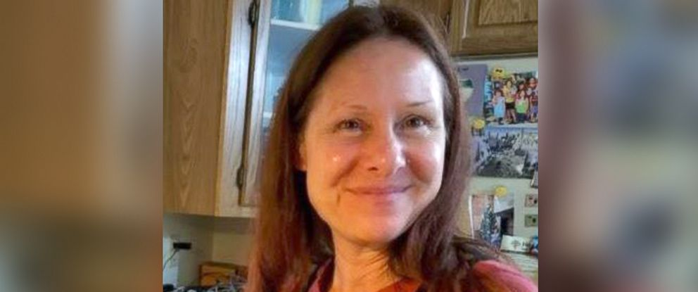 PHOTO: Search and rescue crews are looking for a Gresham woman, Diana Bober, 55, in the Mount Hood area in Clackamas County Oregon after authorities said they found her car near the Zigzag Ranger Station.