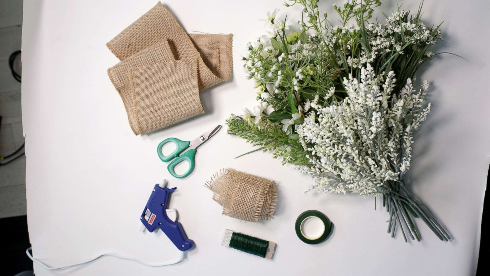 Diy Wedding How To Make The Perfect Summer Bridal Bouquet Abc News