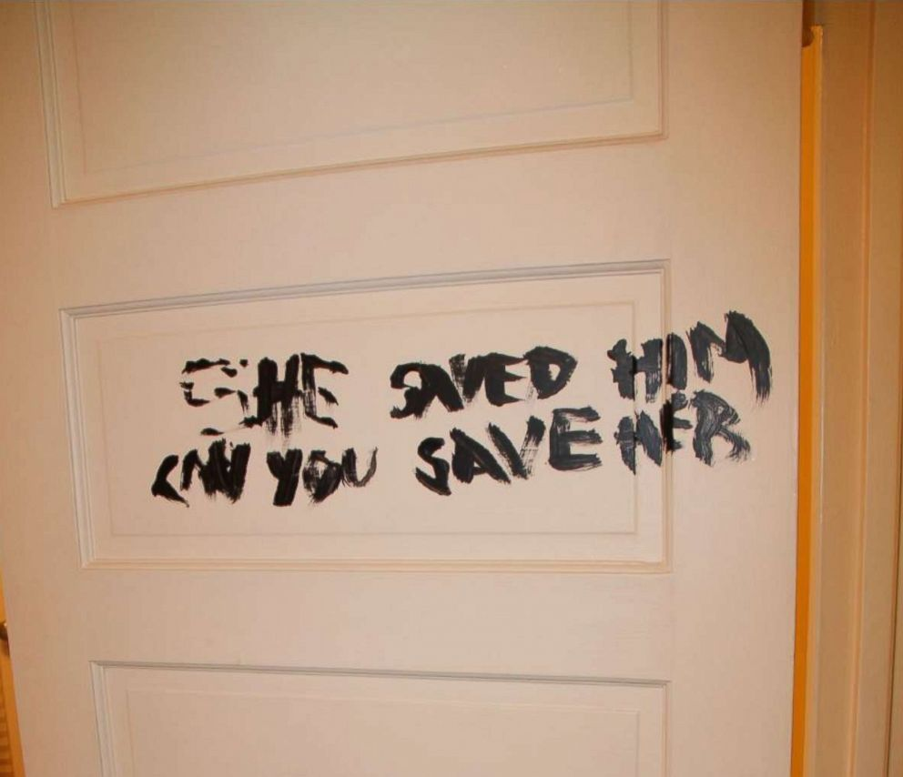 PHOTO: This message was found on a door when police arrived to the mansion where Rebecca Zahau was found dead.