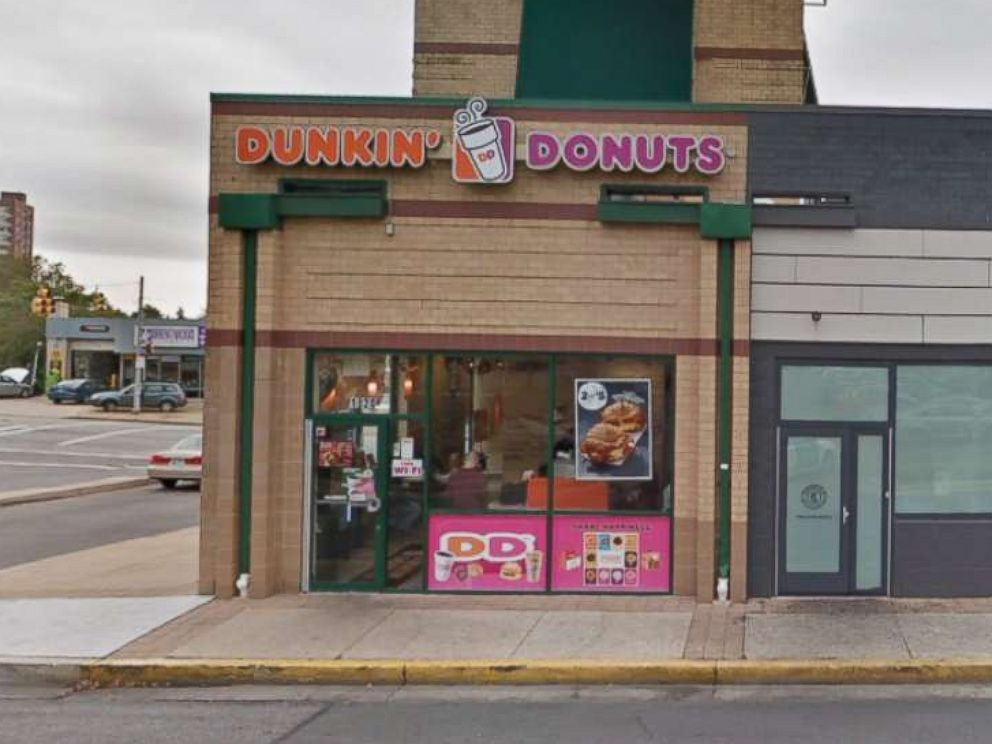 Baltimore Dunkin' Donuts sign discouraging foreign languages removed