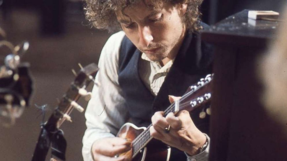 Bob Dylan with a mandolin during the 1974 recording of 'Blood on the Tracks.'