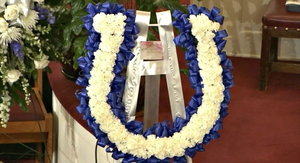PHOTO: A horseshoe-shaped wreath stands near the altar of Big Bethel A.M.E. Church during the funeral of Colts linebacker Edwin Jackson, 26, in Atlanta on Feb. 12, 2018.