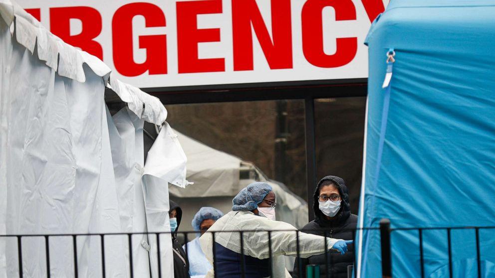 Im inneren des coronavirus 'Ground Zero': Elmhurst Hospital in NYC